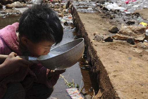 "*Water of ""very"" poor quality cannot be used as a source of drinking water*. The proportion of water not suitable for direct drinking rose from 57.4 percent from 2012, the report said. China's decades-long [[economic]] boom has brought rising environmental problems."